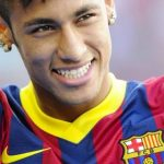 Neymar da Silva Santos Júnior cầu thủ tuổi thân