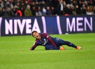 Neymar như 'chiếc găng tay vô cực' với PSG