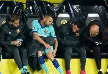 Barca mất hậu vệ trái trong gần 1 tháng