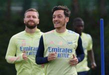 Bóng đá quốc tế 27/11: Wilshere bất ngờ với cách Arsenal đày đọa Mesut Ozil