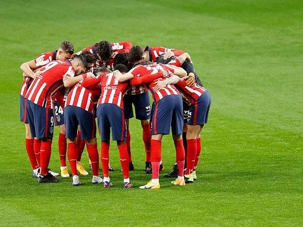 Bóng đá quốc tế tối 13/1: Atletico Madrid bỏ xa Real, Barcelona