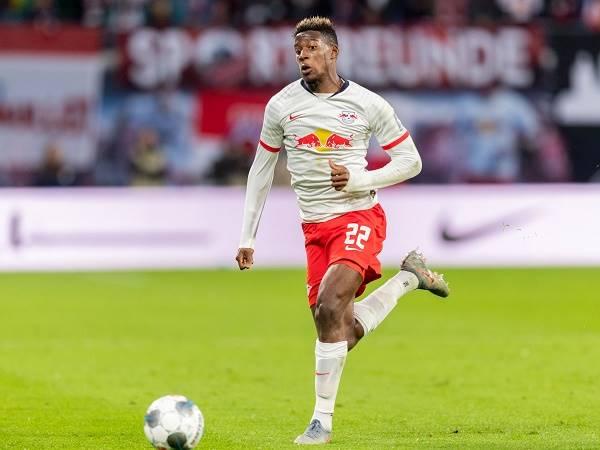 Chuyển nhượng bóng đá quốc tế 28/4: Bayern mua Mukiele