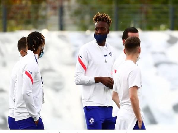 Tin bóng đá 29/4: Chelsea bất ngờ rao bán Tammy Abraham