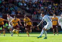 Motherwell 2-3 Hibernian: Đội khách 2 lần dành chiến thắng
